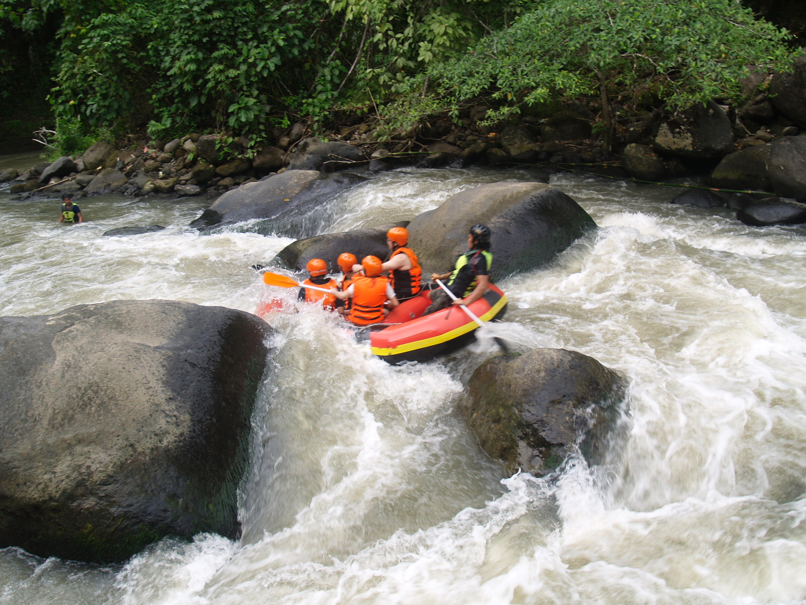 Rafting Adventure Holiday In North Sulawesi Flowers
